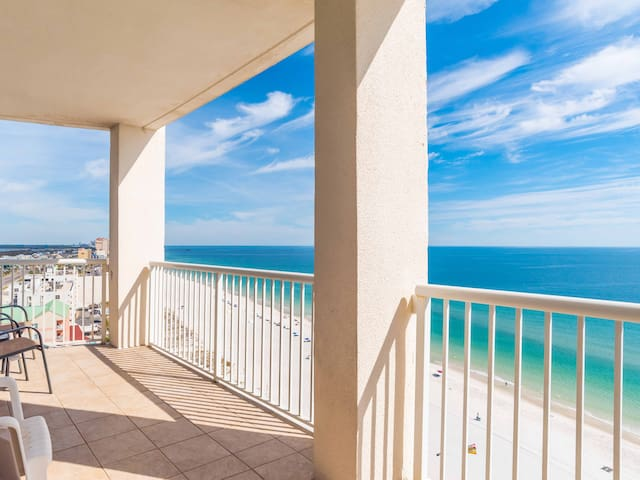 Beachfront Condo is Gulf Shores. Sitting on the Sand. Walking Distance to The Hangout!