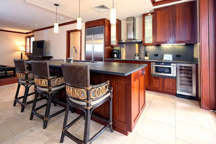 High End Condo next to DisneyAulani - Kapolei - Leilighet