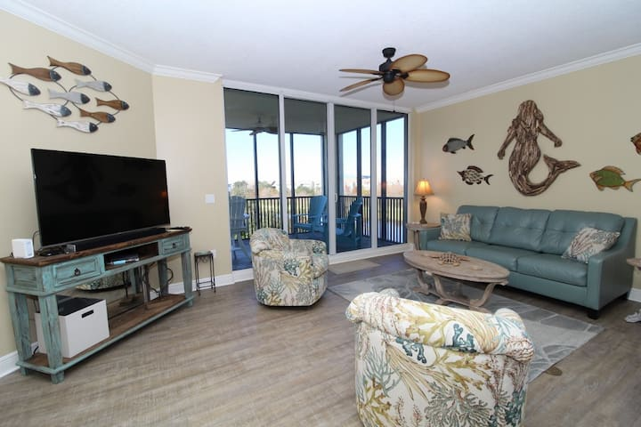 Lost Key Resort and Beach Club #A305 with Serene Golf Course View!