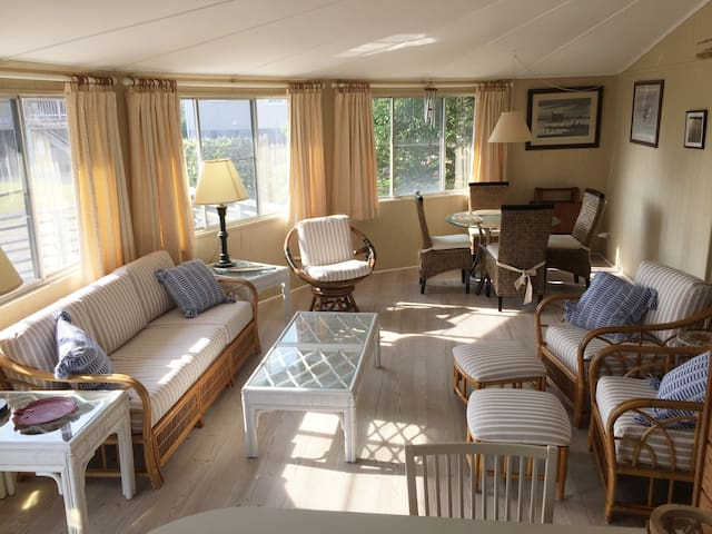 The Wright Idea, a wonderful beach cottage.