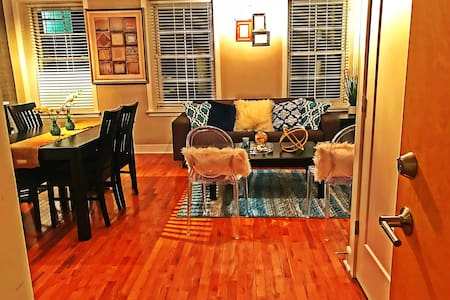 *PROF. SANITIZED* Exposed Brick Home & PARK FREE!