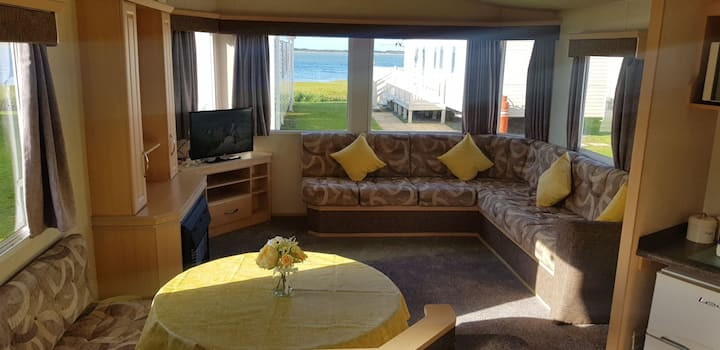 Beautiful holiday home, Sea View in Carmarthen Bay