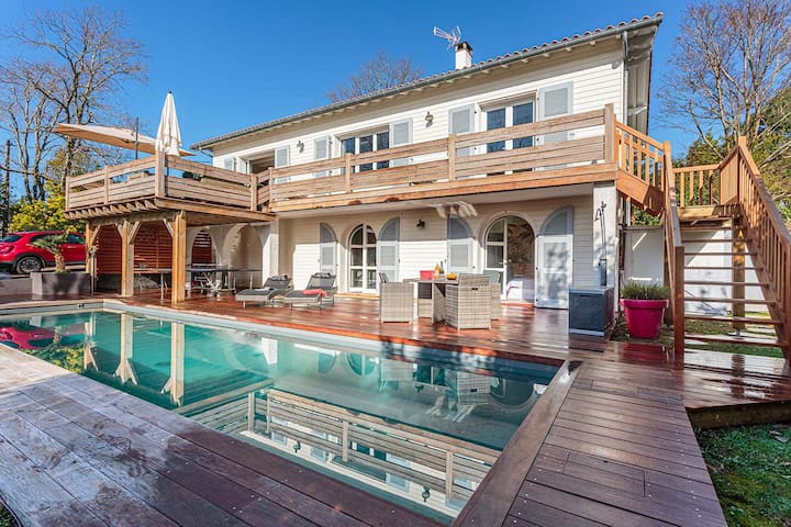 YOUCCA // VILLA MANAVA holiday rental with swimming pool in Bidart