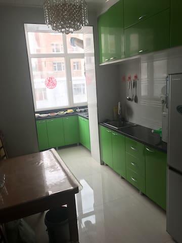 干净卫生,可以携带宠物,独立卫生间,24小时热水 - 白山 - Apartamento