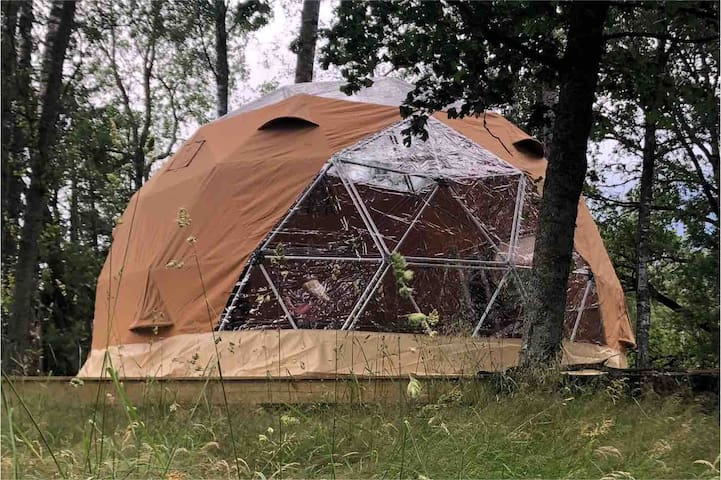 Luxurious tent, glamping in Svartskog, Arctic Dome