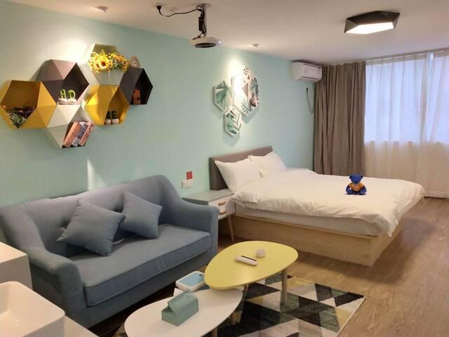 北欧投影一居室,城家精选公寓华强北燕南地铁站店
