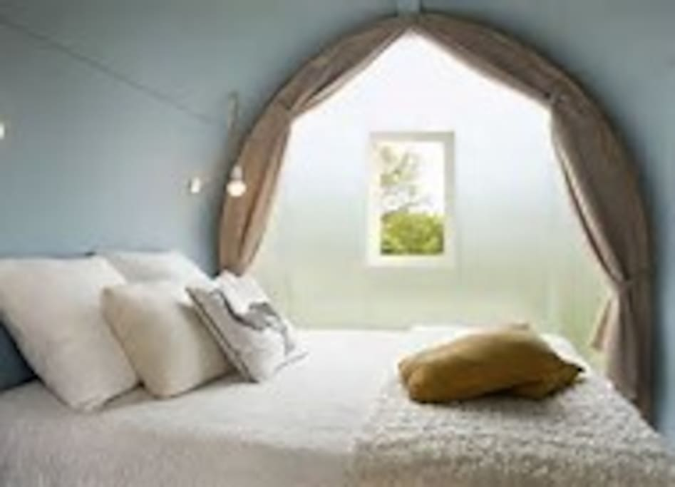 La chambre parents avec un lit en 140*1+90