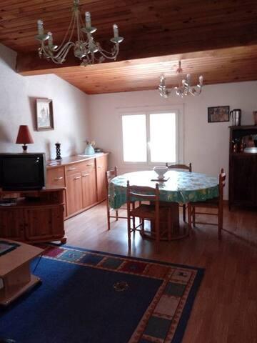 Appartement Fontpédrouse  au calme, spacieux