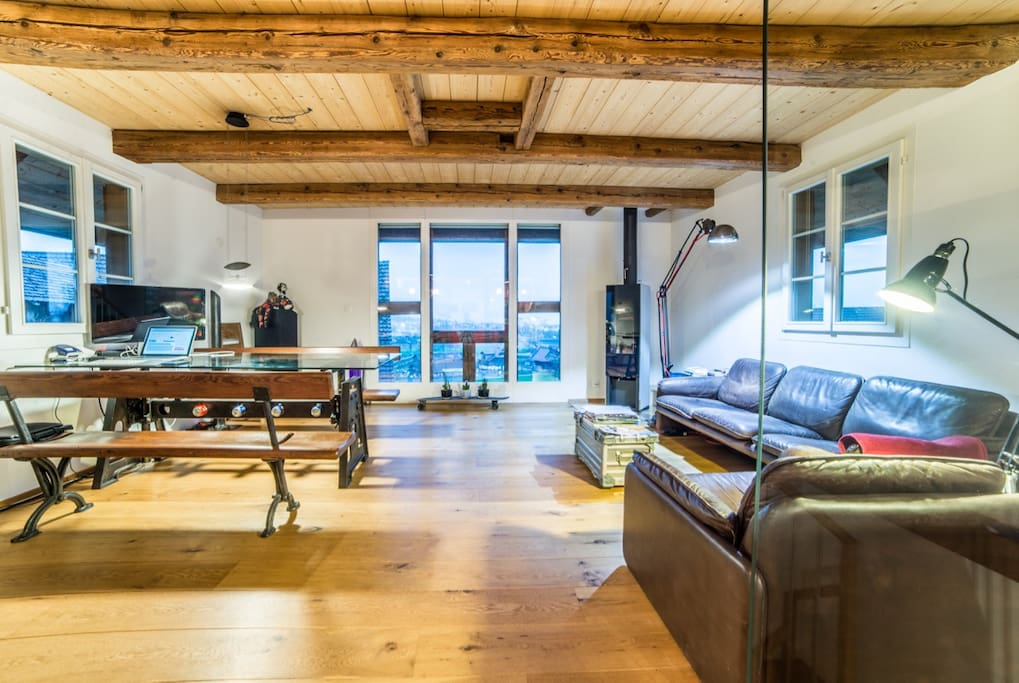 Wohnzimmer / Living Room (Photo by michaelisticsphoto@gmail.com)