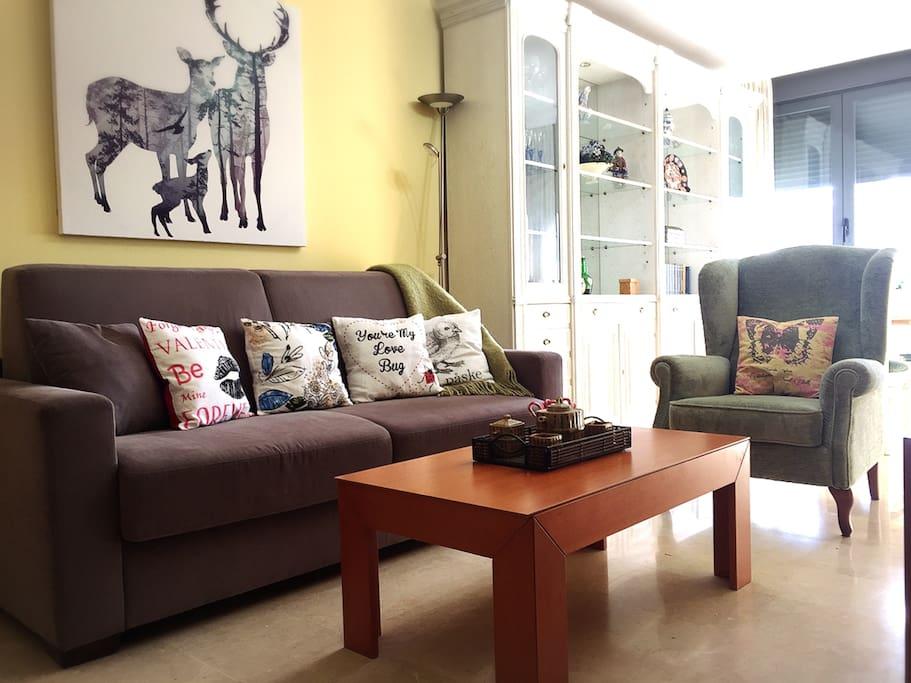 Dining room/ Sala de estar-comedor