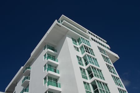 Apartment front beach . amazing white sand - Cancún