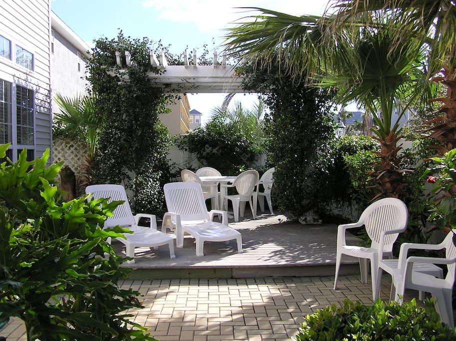Private garden with Pergula