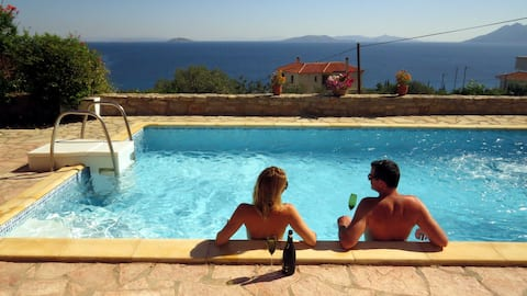 Charming villa with stunning views
