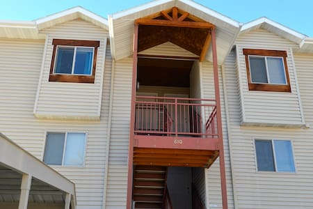Rimrock View Vacation Rental, a place with a view.