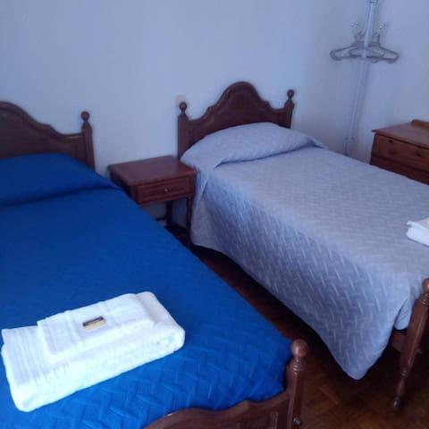 Bedroom 2 - 2 Single Beds Shared Bath