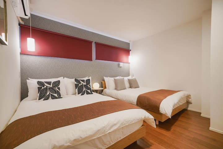 C : Twin Bed Room(Double)