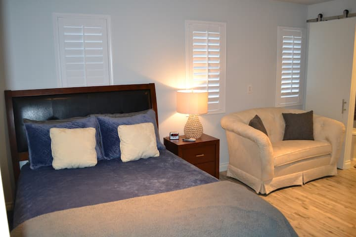 Newly renovated private casita, great for 2 guest