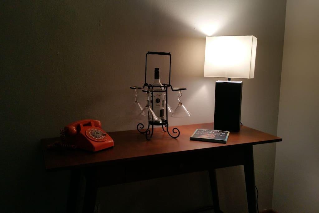 Sorry, the original OSU Orange Dial Phone does not work!