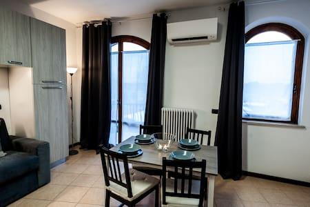 Top 20 peschiera del garda vacation rentals vacation homes condo rentals airbnb peschiera - Studio casa peschiera del garda ...