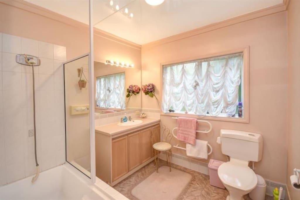 Shared bathroom on groud floor