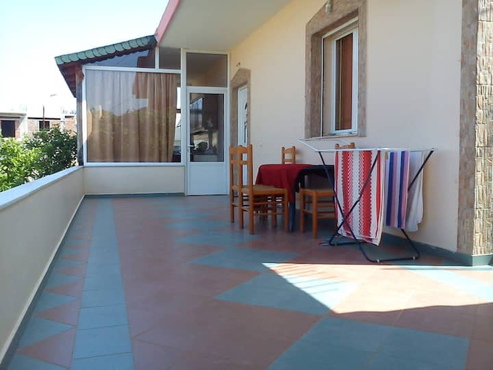 4 bedrooms apartment in ksamil