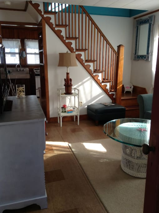 Living Rm to upstairs BR