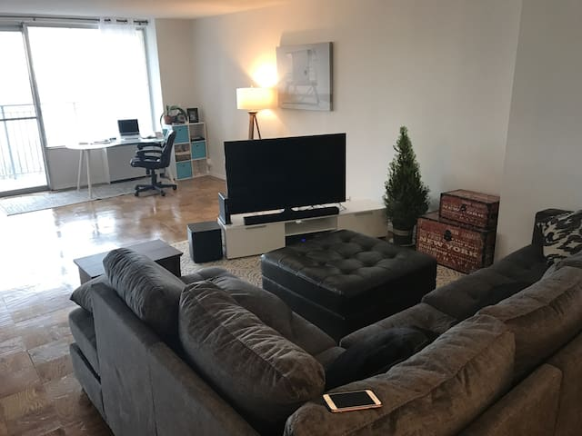 Huge apartment at Luxury building, close to NYC - Fort Lee - Byt