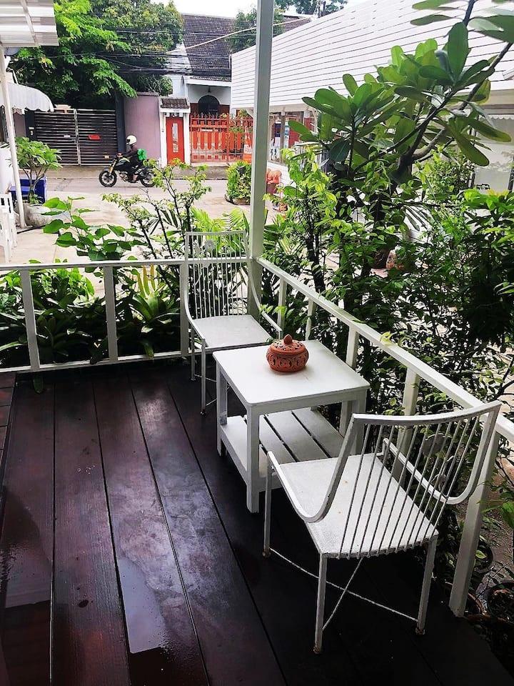芒果之家   房东是中国人可以说中文和泰语