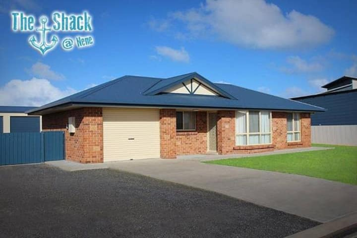 The Shack@ Nene, Fully Self Contained House