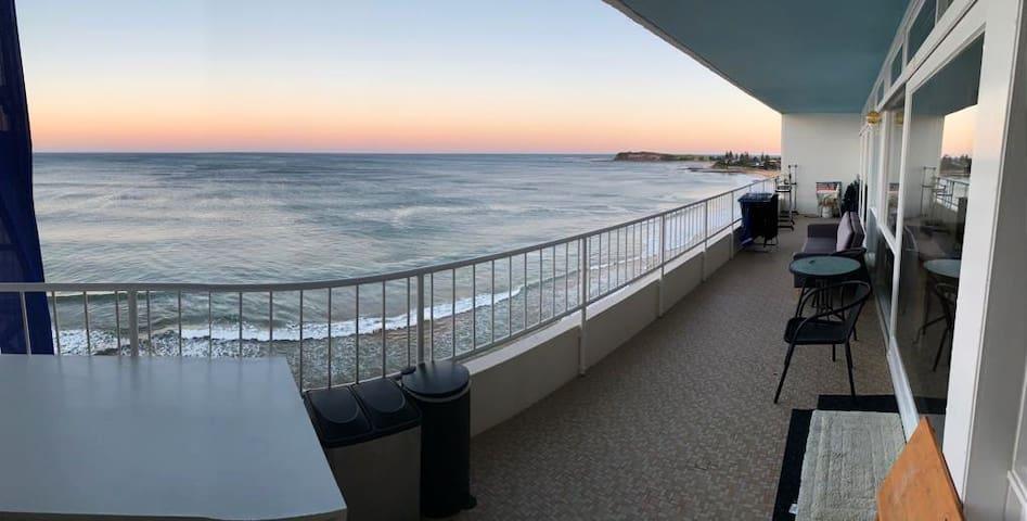 Beachfront Apartment 180 degrees view