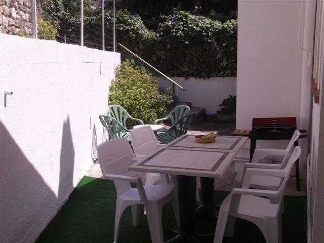 2 pieces 50m2 +2 terrasse sud 40m2 ensoleillé - Menton - Apartamento