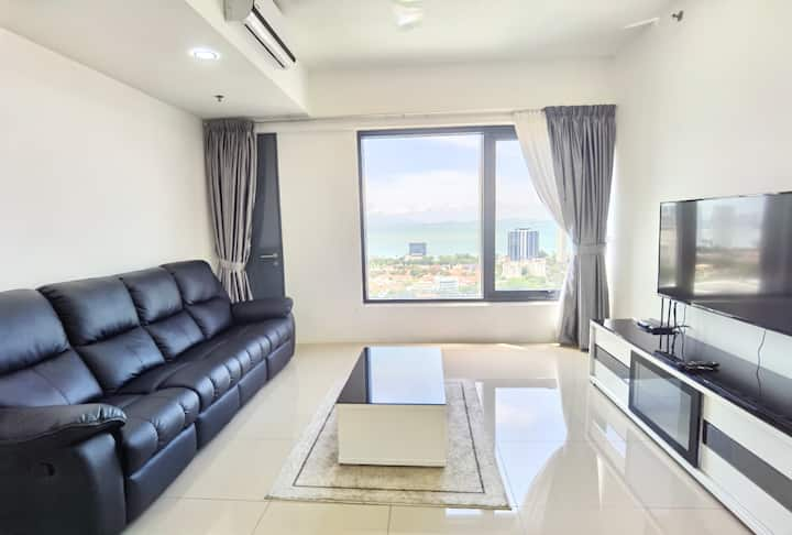 Stunning Sea view Tropicana 218 Macalister