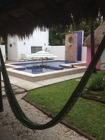 Villa Escondida Cozumel, downtown house and B&B