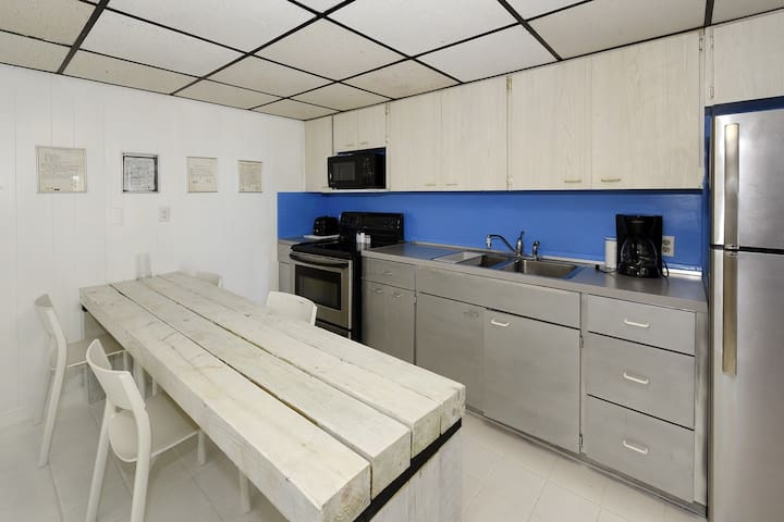 Shore 74 -Islamorada Guest House, Villa 2