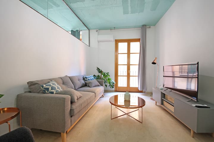 Apartment designed with taste 1B.