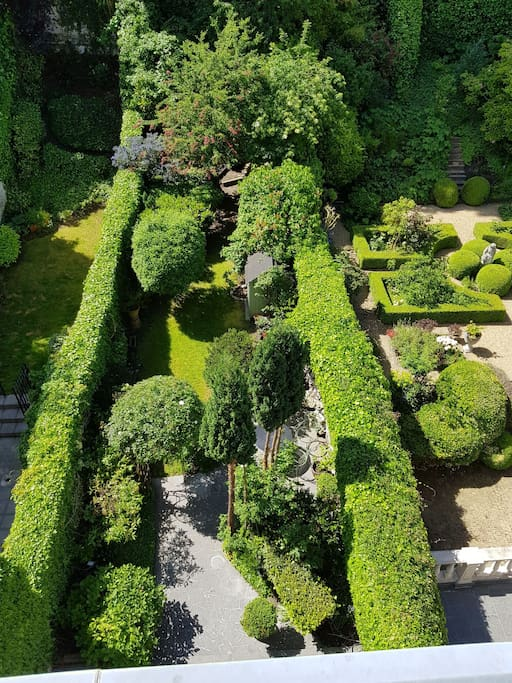 Triplex plein de charme avec vue sur jardin appartements for Appartement a louer avec jardin bruxelles