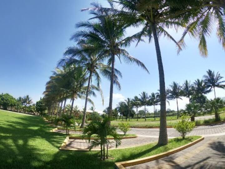 Resort de campo, cerca de la playa y montaña