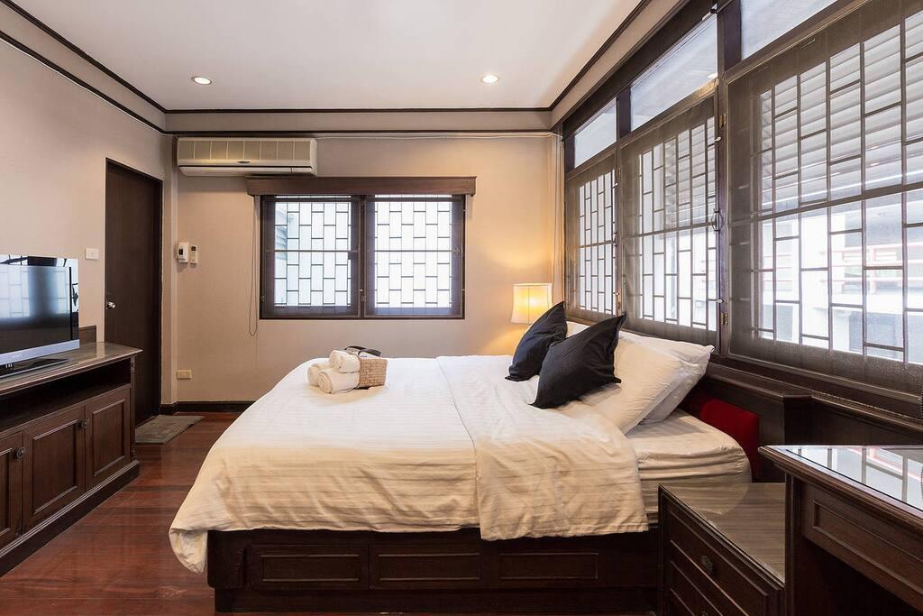 cozy bedroom, bedroom1