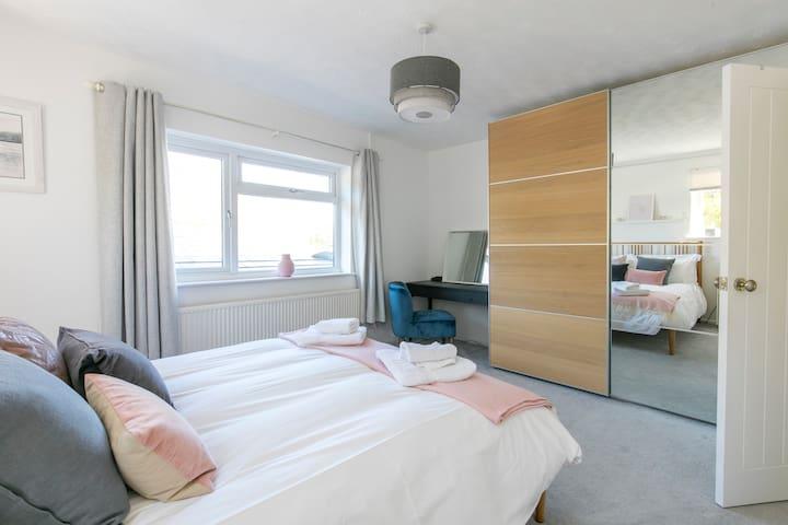 Master bedroom, plenty of storage