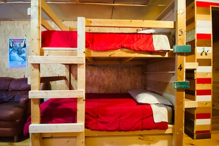 Hungry Hippie Hostel Bunk #3 (top bunk)