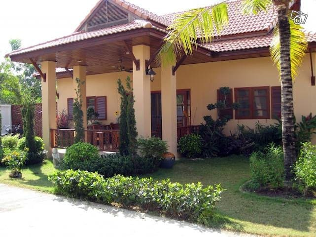 Luxury house in Mae Phim - close to tropical beach