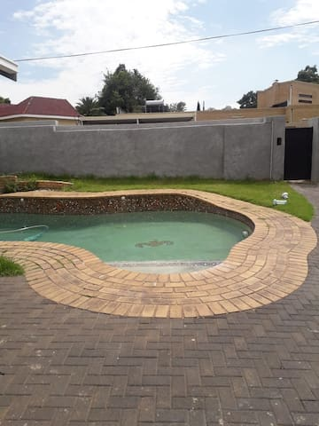 pool area, safe and quiet neighbourhood