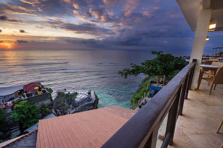 Uluwatu Cliff Apartment - 3Br - Ocean View