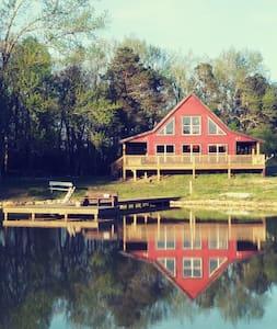 Lyons Den Cabin