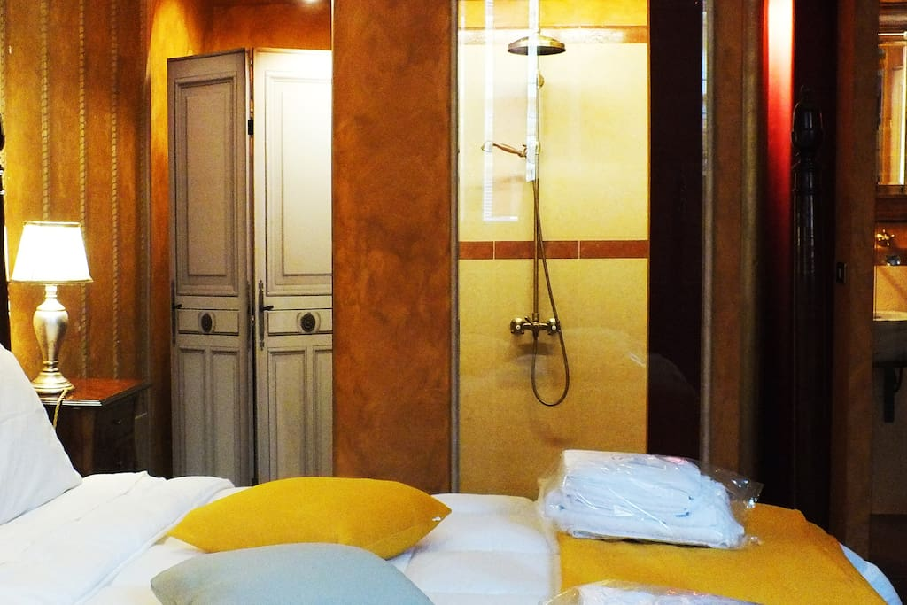 Suite Superior - con doccia a vista