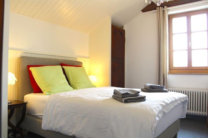 Bedroom 4 (140x200, 2nd floor)