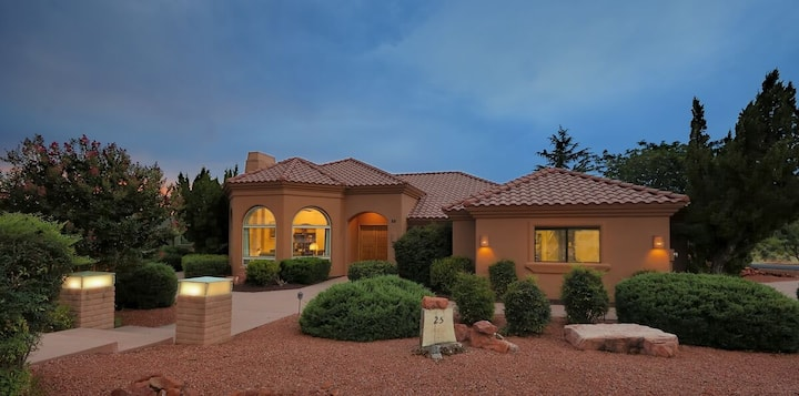 ~New Listing~ Paradise On Ponderosa~ 360 Degree Red Rock Views 2BD/2BA Plus Den