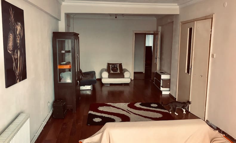 Big cozy and clean flat in the center of Kadıköy