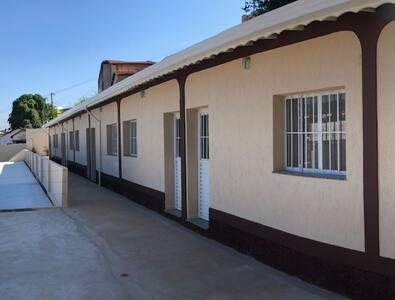 Vila com 08 casas , Comodidade com segurança