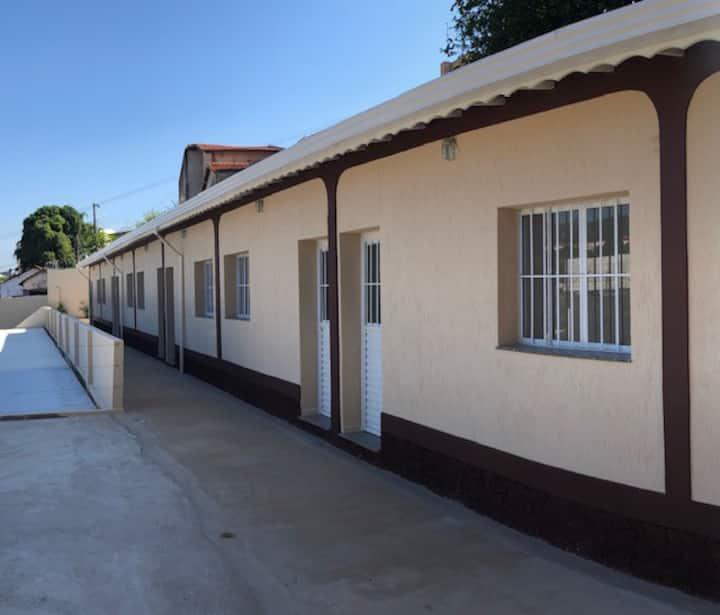 Casa em Vila com 08 casas Comodidade com segurança